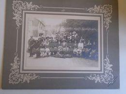 D172547  Hungary 1900 Tusnádfürdő Segesvár Áll. Polgári Iskola Kirándulási Csapatja  Tusnádfürdő -ADLER és FIA Brassó - Plaatsen
