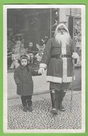 Lisboa - Menino E O Pai Natal - Christmas - Noel - Brinquedo - Toy - Portugal (Fotográfico) - Jeux Et Jouets
