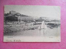 CPA ROYAUME UNI  FOLKESTONE THE BEACH - Folkestone
