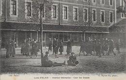 Lycée D'alais Intérieur Recréation Cour Des Grands  Carte En Bon état - Alès