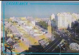 Carte Postale. Maroc. Casablanca. Centre Ville. Av Mohamed V Et Hassan II. Horloge. Bâtiments Etat Moyen. Taches. - Monumentos