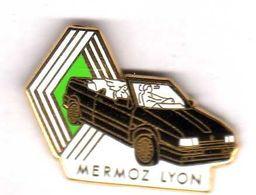 Pin's Automobile Renault Mermoz Lyon Zamac Arthus Bertrand - Arthus Bertrand
