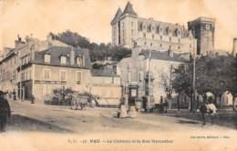 64 - PAU - Le Château Et La Rue Marcadieu - Pau