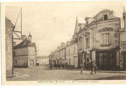 49 - VERNANTES - Le Carrefour Central    19 - Autres Communes