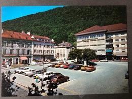 Saint Imier Dorfplatz/ Oldtimer Autos - BE Bern