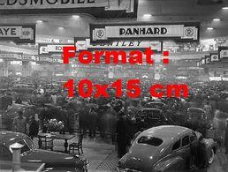 Reproduction D'une Photographie Ancienne D'une Vue Du Salon Automobile à Londres En 1948 - Reproductions