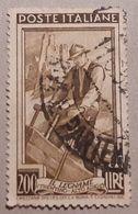 # Italia Al Lavoro 200 Lire Fil. 2 DB - Dent. 13 1/2 X 14 1/4 - 1946-.. République