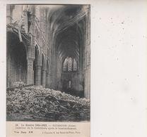 SP- 02 -  SOISSONS -  Interieur De La Cathedrale Apres Le Bombardement - Guerre 14 18 - Ruines - - Soissons