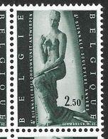 1024-V En Bloc De 4 Timbres Tache à Côté Du Coude - T27 (Albl. Noir N° 9) - Varietà E Curiosità