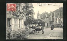 CPA Saint-Lo, Arrivée De La Laitière à L`Octroi - Saint Lo