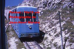 Reproduction D'une Photographie Du Funiculaire De Corviglia à St-Moritz En Suisse En 1971 - Reproductions