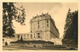 88 - VITTEL - LE GRAND HOTEL ET LES COLONNADES DU CASINO - Vittel Contrexeville