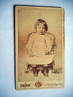 PHOTO CDV 19 EME JEUNE FILLE  MODE   Cabinet  MAS A PERPIGNAN - Ancianas (antes De 1900)