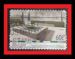 072. AUSTRALIA (60C)  USED STAMP NATIONAL SERVICE MEMORIAL , CANBERA - 1990-99 Elizabeth II