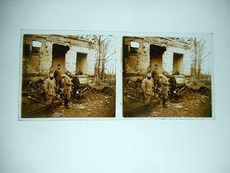 PHOTO STEREO SUR PLAQUE DE VERRE GUERRE 14 / 18 MILITAIRE DANS LES DECOMBRES - Oorlog, Militair