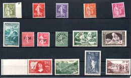 F57 Plaquette De Timbres ** Des Années 30/40. A Saisir !!! - Collections (with Albums)