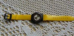 Montre  -  Bracelet  D'origine Jaune - Bijoux & Horlogerie
