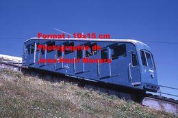 Reproduction D'une Photographie D'une Vue Rapprochée Du Funiculaire De Corviglia à St-Moritz En Suisse En 1971 - Reproductions