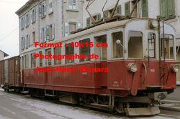 Reproduction D'une Photographie De Voyageurs Dans Un Train AOMC Chemin De Fer à Crémaillère En Suisse En 1968 - Reproductions