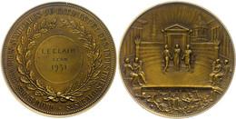 Frankreich, Bronzemedaille (Dm. Ca. 72,90mm, Ca. 171,66g), 1937, Von Saget. Av: Verleihungszeremonie Vor Gebäuden. Rev:  - Monedas