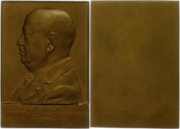 Frankreich, Rechteckige Bronzeplakette (ca. 62,90x44mm, Ca. 77,61g), 1933, Von Ch. Samuel, Auf J. M. Walk. Av: Brustbild - Monedas