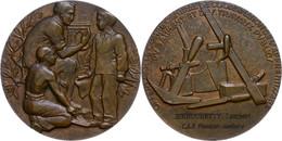 Frankreich, Bronzemedaille (Dm. Ca. 54mm, Ca. 104,05g), O.J., Von (Signatur Unleserlich). Av: Zwei Knaben Einweisender L - Monedas