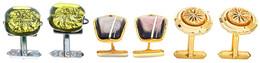 Drei Paar Dekorative Manschettenknöpfe. 20. Jh. Ca. 53,85 Gr. - Monnaies & Billets