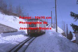 Reproduction D'une Photographie D'un Train A.L Aigle Leysin Chemin De Fer à Crémaillère En Suisse En 1968 - Reproductions