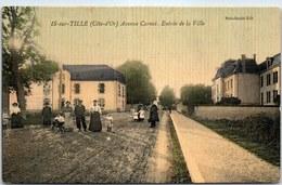 21 IS SUR TILLE - Avenue Carnot, Entrée De La Ville. - Is Sur Tille