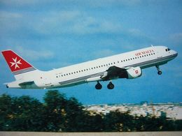 Avion / Airplane / AIR MALTA / Airbus A320 / Airline Issue / Size: 12,5X18cm - 1946-....: Ere Moderne