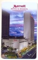 Marriot Hotels & Resorts, Used Magnetic Hotel Room Key Card, # Marriot-99 - Cartas De Hotels