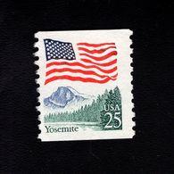 1035716440 SCOTT 2280A POSTFRIS MINT NEVER HINGED EINWANDFREI - YOSEMITE AND FLAG - United States