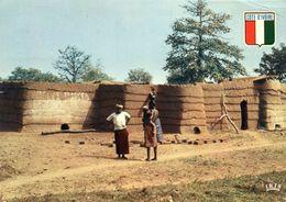 Côte D'Ivoire - Soukhala - Village Lobi - Côte-d'Ivoire