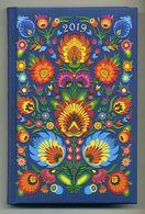 Agenda Polonais Neuf. 2019. Design Floral Folklorique. Semaines En 6 Pages. Carte De Pologne. Polska Polen. Voir Photos - Slav Languages