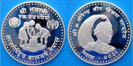 NEPAL 100 R 1974 ARGENTO PROOF SILVER INTERNATIONAL YEAR OF THE CHILD PESO 19,44g TITOLO 0,500 CONSERVAZIONE FONDO SPECC - Népal