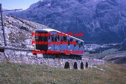 Reproduction D'une Photographie D'une Vue Du Funiculaire De Corviglia Montant à St-Moritz En Suisse En 1971 - Reproductions