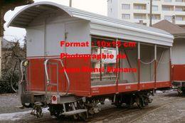 Reproduction D'une Photographie D'un Wagon Avec Ouverte Sur Les Côté AOMC Chemin De Fer à Crémaillère En Suisse En 1968 - Reproductions