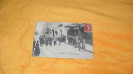 CARTE POSTALE ANCIENNE CIRCULEE DE 1907../ LA ROCHELLE.- COVOI DE FORCATS POUR L'ILE DE RE...CACHETS + TIMBRE - La Rochelle