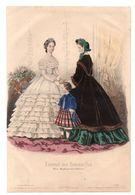 Gravure De Deux Dames En Robes Et Fillette - Journal Des Demoiselles Paris Boulevard Des Italiens 19 ème Siècle - Stampe & Incisioni