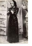 Edith Piaf - Singers & Musicians
