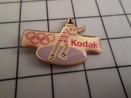 316b Pin's Pins / Beau Et Rare / THEME : JEUX OLYMPIQUES / KODAK PATINAGE ARTISTIQUE - Juegos Olímpicos
