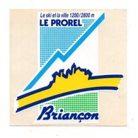 Autocollant Le Ski Et La Ville 1200/2800 M Le Prorel Briançon- Format : 11.5x11.5 Cm - Adesivi