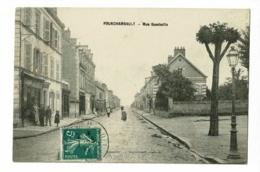 """Fourchambault - Rue Gambetta ( Commerces """"Benzo-Moteur"""", Animation, Bec De Gaz) Circulé 1911 - Autres Communes"""