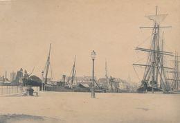 Snapshot Bassin à Flots Caen Calvados Bateaux Voiliers Port Mer Lampadaires - Schiffe