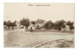 Luzy - Le Champ De Foire (Est) Circulé 1934 - Autres Communes