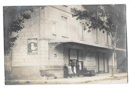 BAGNOLS SUR CEZE (30) Carte Photo Devanture Hotel Du Commerce Et De La Poste Animation - Bagnols-sur-Cèze