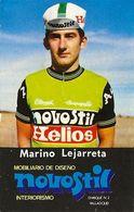 PETIT CARTE CYCLISME MARINO LEJARRETA TEAM NOVOSTIL 1979, FORMAT 5 X 7,7 ( PARTIE ARRIERE DETERIORÉE, VOIR PHOTO ) - Cyclisme