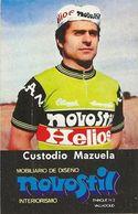 PETIT CARTE CYCLISME CUSTODIO MAZUELA TEAM NOVOSTIL 1979, FORMAT 5 X 7,7 ( PARTIE ARRIERE DETERIORÉE, VOIR PHOTO ) - Cyclisme