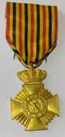 Militaria. Médaille. Décoration Belge. 2e Classe. 10 Ans D'ancienneté. - Belgique