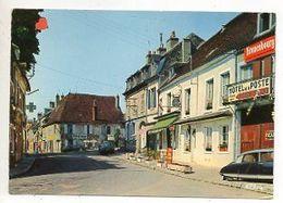 35571-ZE-58-VARZY-Hôtel De La Poste------------------voitures Dont DS-commerces - Autres Communes